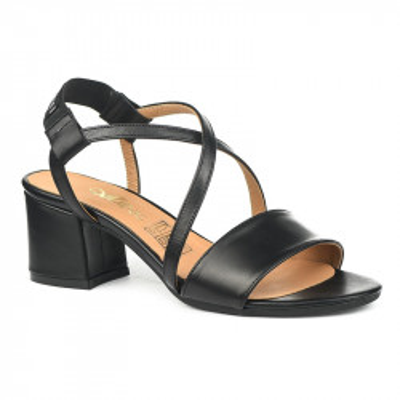 Kožne sandale na škilu 9-832 crne