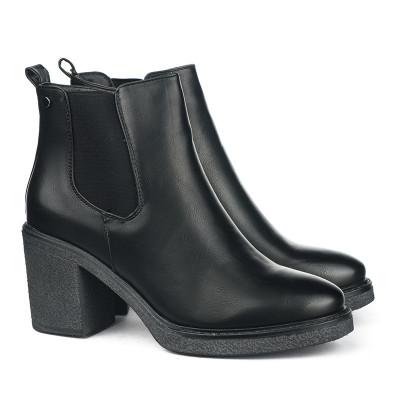 Ženske poluduboke čizme LH131810 crne