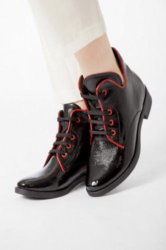 Kožne poluduboke cipele A11-32 crne
