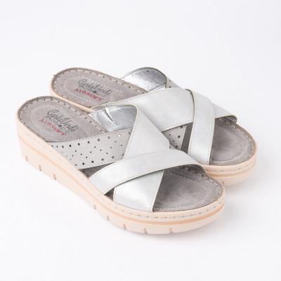 Ženske papuče na debelom đonu 216701 srebrne