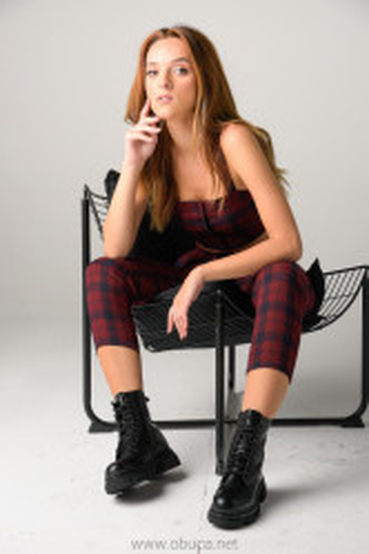 Ženske poluduboke čizme XT9978 crne