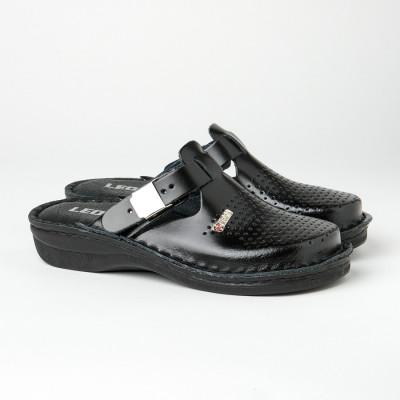Kožne papuče/klompe V260 crne