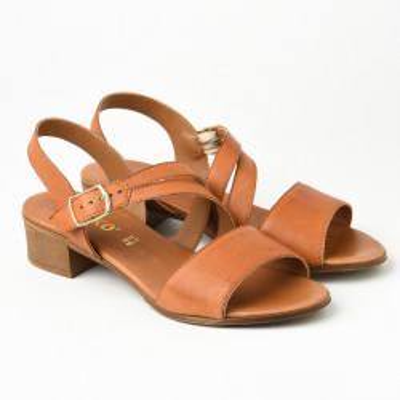 Kožne sandale na malu petu 243050 kamel