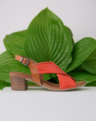 Kožne sandale na štiklu 803 koralno crvene