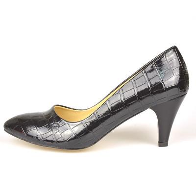 Lakovane cipele na malu štiklu LK612 crne