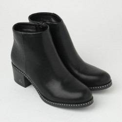 Ženske poluduboke čizme na malu petu CA632 crne