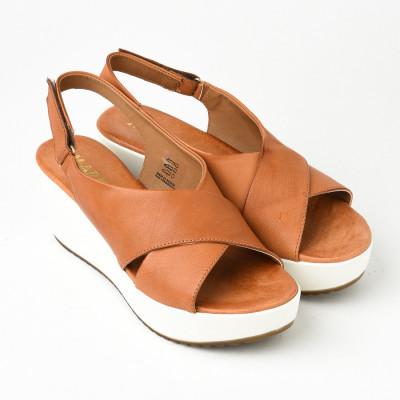 Kožne ženske sandale 276090 kamel