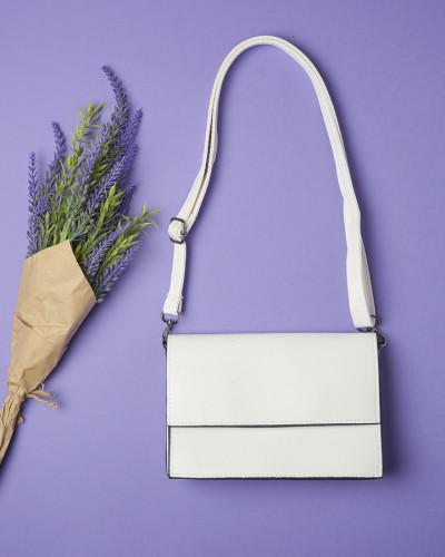 Ženska tašna na preklop bela