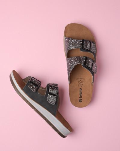 Ravne papuče CP000010 crne sa printom