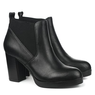Poluduboke čizme na štiklu A437 crne