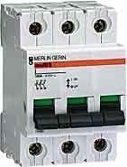 Intrerupator automat Schneider 15007 - Comutator 3P 20A 380/415V