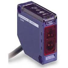 Schneider XUK5ARCNL2 Senzor repuscular - senzor fotoelectric - difuz - Sn 1 m - NC + NO - cablu 2m