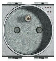 Priza Bticino NT4144 Living Light - Priza standard francez cu lumina de ghidare, 2P+N, 16A, 250V, 2M, argintiu