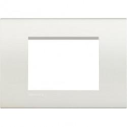 Rama Bticino LNA4803BI Living Light - Rama 3 module, rectangulara, din plastic polimerizat, alb