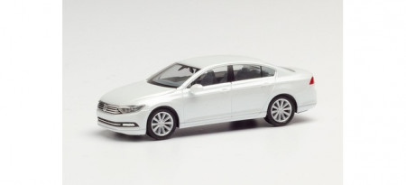HERPA 1:87 - VW Passat Limousine, oryx white mother-of-pearl effect