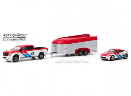 GREENLIGHT 1:64 - NISSAN TITAN 2019 XD PRO-4X AND 2019 NISSAN 370Z BRE #46 (BROCK RACING ENTERPRISES) WITH AEROV