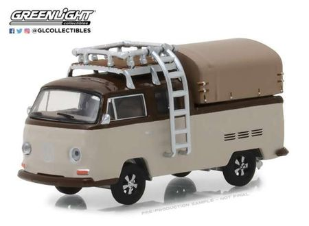 GREENLIGHT 1:64 - VOLKSWAGEN T2 DOUBLE CAB 1969 PICK-UP WITH ROOF RACK