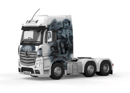 Corgi 1:50 - Mercedes Actros (MP4) Cab - In Transit