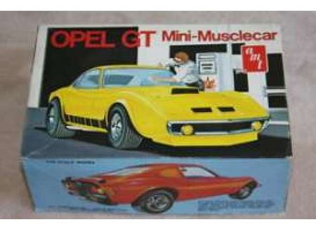 AMT 1:25 - BUICK OPEL GT MOLDED IN WHITE, PLASTIC MODELKIT