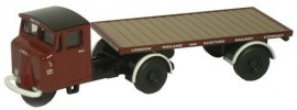 OXFORD 1:76 MECHANICAL HORSE FLATBED TRAILER