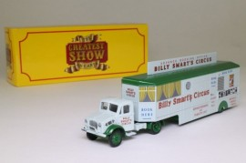 ATLAS 1:76 - BEDFORD OX TRUCK BOOKING TRAILER BILLY SMART'S CIRCUS, LIGHT GRAY/GREEN