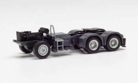 HERPA 1:87 - PARTS SERVICE CHASSIS MAN 6X4 WITH REAR SUPPORT AND CONSOLE FOR LOADING CRANE (2 PIECES)
