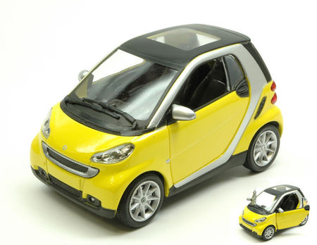 NEW RAY 1:24 - SMART FORTWO II SERIE 2007 YELLOW