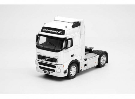 WELLY 1:32 - VOLVO FH12 GLOBETROTTER XL, WHITE
