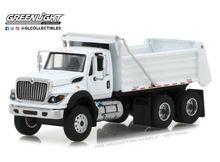 GREENLIGHT 1:64 - INTERNATIONAL 2018 WORKSTAR CONSTRUCTION TRUCK, WHITE