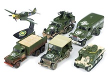 JOHNNY LIGHTNING 1:64 - MILITARY CARS AND VANS - 1 BUCATA