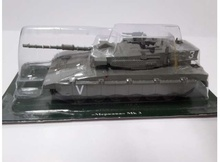 MAGAZINE MODELS 1:72 - #11 COMBAT VEHICLES SERIES MERKAVA MK3