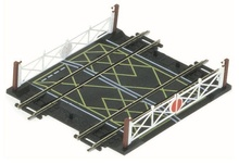 HORNBY  HO / OO (1:87 / 1:76) - Double Level Crossing
