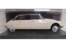 MAGAZINE MODELS 1:24 - CITROEN DS 19 1956, WHITE