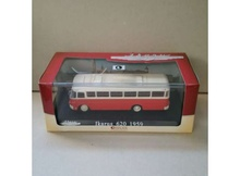 MAGAZINE MODELS 1:72 - 1/72 1959 IKARUS 620, RED/WHITE