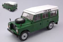 WHITEBOX 1:24 - LAND ROVER SERIES III 109 GREEN