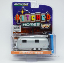 GREENLIGHT 1:64 - AIRSTREAM 1971 DOUBLE-AXLE LAND YACHT SAFARI WITH AWNING *HITCHED HOMES SERIES 7*, GREY
