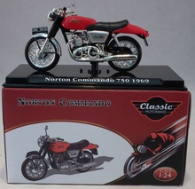 ATLAS 1:24 - NORTON COMMANDO 750 1969