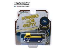 GREENLIGHT 1:43 - VOLKSWAGEN T2 PICK-UP *MICHELIN TIRES* RUNNING ON EMPTY SERIES 1