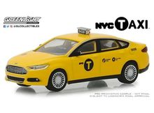 GREENLIGHT 1:64 - FORD FUSION NYC TAXI 'HOBBY EXCLUSIVE' 2013, YELLOW