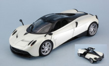WELLY 1:24 - PAGANI HUAYRA 2017 WHITE
