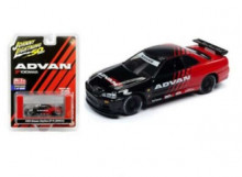 JOHNNY LIGHTNING 1:64 - NISSAN SKYLINE GT-R R34 1999 *ADVAN YOKOHAMA*, RED/BLACK