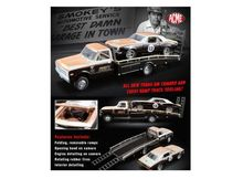 ACME 1:64 - CHEVROLET CAMARO 1967 #13 *SMOKEY YUNICK* ON A CHEVROLET C10 RAMP TRUCK.