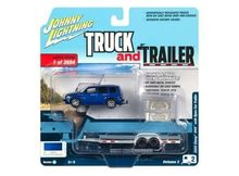 JOHNNY LIGHTNING 1:64 - CHEVROLET HHR 2006 WITH OPEN TRAILER