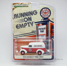 GREENLIGHT 1:64 - CHEVROLET PANEL TRUCK 1939 *RED CROWN GASOLINE* RUNNING ON EMPTY SERIES 6, RED/WHITE