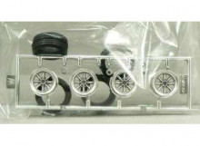 FUJIMI 1:24 - #43 14-INCH PANA SPORTS WHEEL AND TIRE SET, MATTE CHROME-FINISHED WHEELS AND TIRES (SET OF 4)