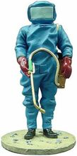 MAGAZINE MODELS 1:27 - FIREMAN LABOUR DRESS AGAINST INSECTS FRA90