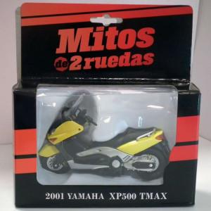 MAGAZINE MODELS (MITOS) 1:24 - YAMAHA XP 500 TMAX 2001MOTORBIKE