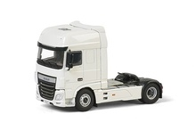 WSI 1:50 - DAF XF Super Space Cab white