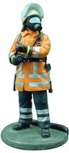 MAGAZINE MODELS 1:32 - FIREMAN - FIRE DRESS - GERMANY - 2000