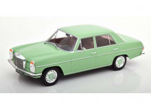 MODEL CAR GROUP 1:18 - MERCEDES BENZ 1972 220D/8 W115 *SEALED BODY*, LIGHT GREEN